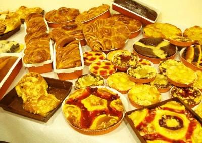 Захарно Петле-пасти и петифури  (10)