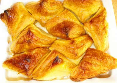 Захарно Петле-пасти и петифури  (22)