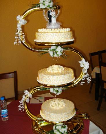 Захарно Петле-сватбени торти (15)