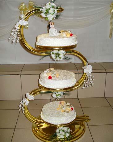 Захарно Петле-сватбени торти (16)