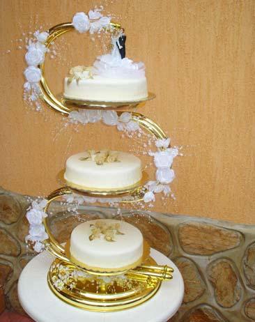 Захарно Петле-сватбени торти (17)
