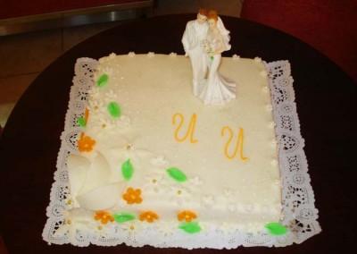 Захарно Петле-сватбени торти (4)