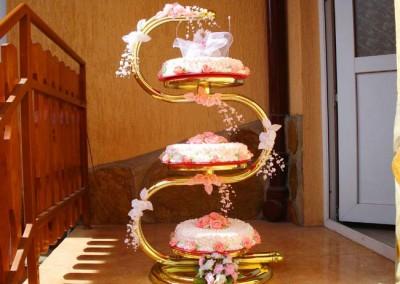 Захарно Петле-сватбени торти (8)
