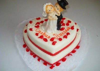 Захарно Петле-сватбени торти (9)