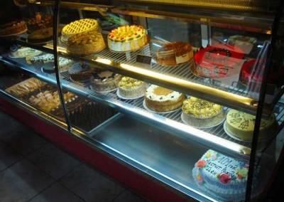 Захарно Петле-сладкарницата (4)