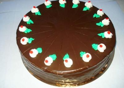 Захарно Петле-стандартни торти (12)