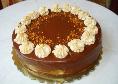 Захарно Петле-стандартни торти (14)