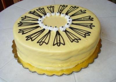 Захарно Петле-стандартни торти (16)