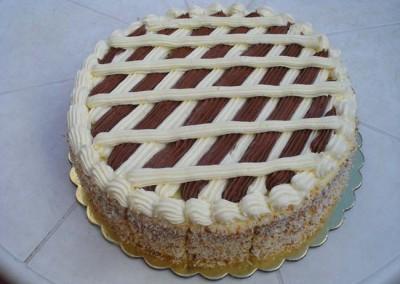 Захарно Петле-стандартни торти (5)